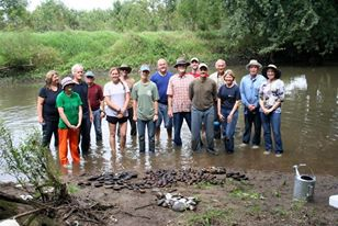 2014 Sangamon River Forest Preserve Mussel Survey Volunteers